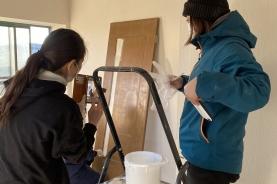 DIYリフォームで木部(ドア・窓枠)塗装